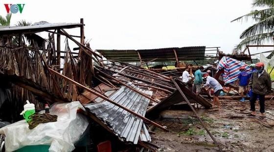 Miền Bắc 2 người chết, miền Nam hơn 400 nhà tốc mái ảnh 3