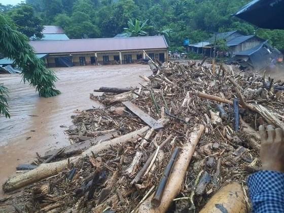 Áp thấp nhiệt đới đang mạnh lên thành bão, nhiều nơi mưa to ảnh 3