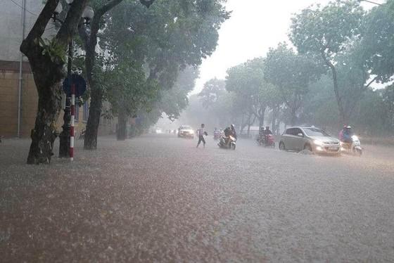 Chiều nay Nam bộ, Tây Nguyên có thể mưa rất lớn ảnh 3