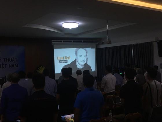 Ông thầy của các HLV bóng đá ra mắt tại Việt Nam  ảnh 3
