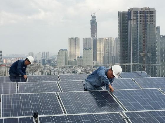 EVN mua điện mặt trời mái nhà là 8,38 UScent/kWh ảnh 1