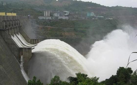Miền Nam tiếp tục mưa to, 4 thủy điện ở miền Bắc cùng xả lũ ảnh 4