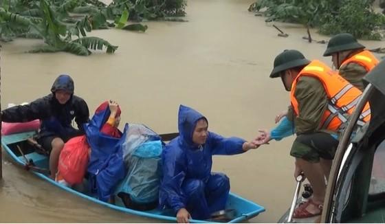 Lũ lụt trở lại miền Trung ảnh 1