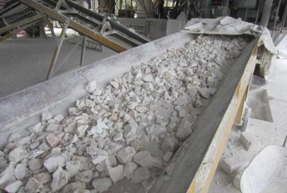 Hải quan đòi truy đủ thuế đá vôi xuất khẩu ảnh 1