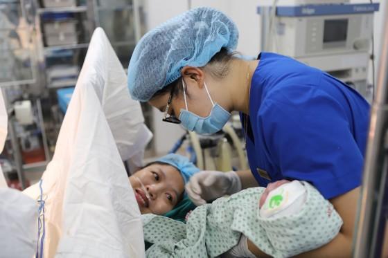 Hơn 3.000 trẻ em sẽ chào đời ngày đầu năm mới ở Việt Nam ảnh 1