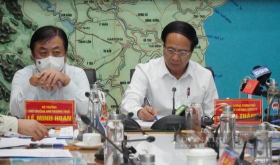 Phó Thủ tướng yêu cầu dự báo chính xác, không 'nói quá' hoặc dự báo sai bão lũ ảnh 2
