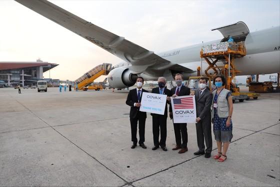 Hơn 1,5 triệu liều vaccine Moderna hạ cánh sân bay Nội Bài ảnh 2