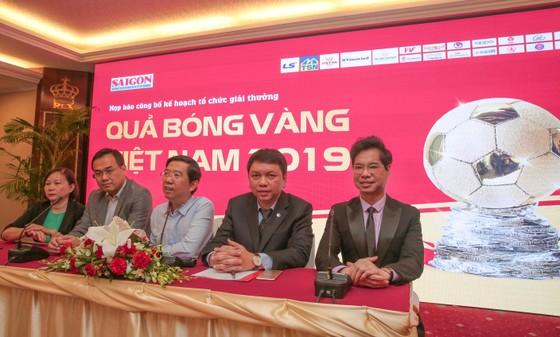 Danh ca – nhạc sĩ Ngọc Sơn háo hức chờ đợi Giải thưởng Quả bóng Vàng Việt Nam 2019 ảnh 4