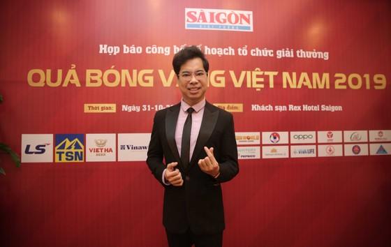 Danh ca – nhạc sĩ Ngọc Sơn háo hức chờ đợi Giải thưởng Quả bóng Vàng Việt Nam 2019 ảnh 2