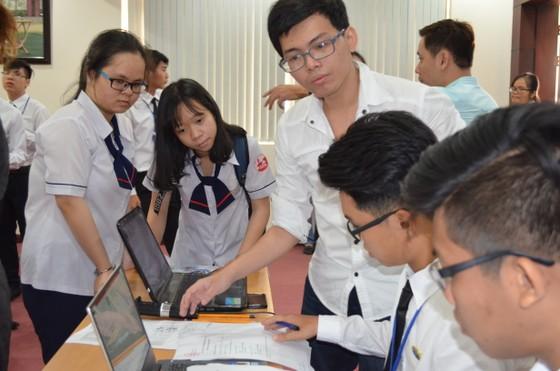 Kỳ thi đánh giá năng lực của ĐH Quốc gia TPHCM chưa được chính thức thông qua  ảnh 1