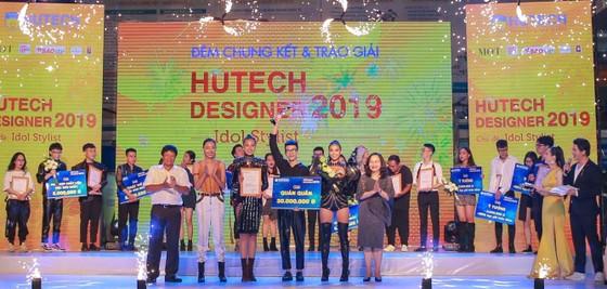 Trao giải chung kết cuộc thi Thiết kế thời trang HUTECH Designer 2019 ảnh 1