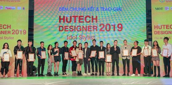 Trao giải chung kết cuộc thi Thiết kế thời trang HUTECH Designer 2019 ảnh 2