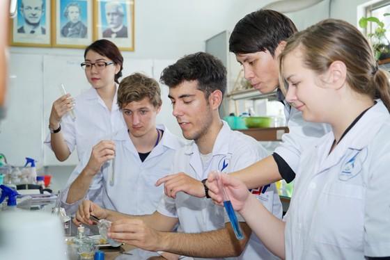 Lần đầu tiên Việt Nam có một đại học được xếp hạng bởi ARWU ảnh 2