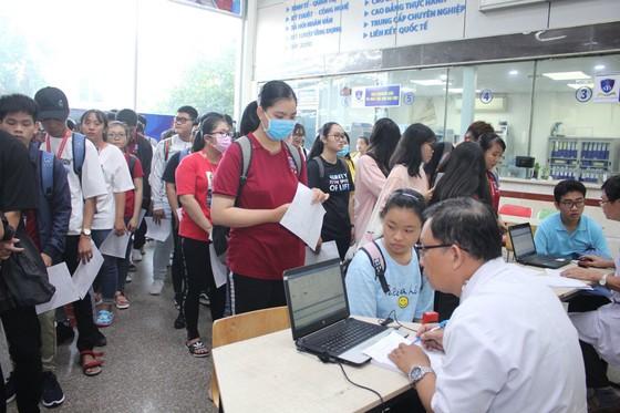 Hơn 2.000 giảng viên, sinh viên hiến máu nhân đạo ảnh 3