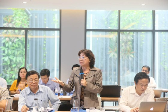 Các nhà khoa học bàn về nghiên cứu chủ trương, đường lối, cơ chế và chính sách phát triển kinh tế ảnh 2