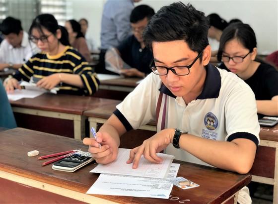 ĐH Quốc gia TPHCM dời lịch thi đánh giá năng lực đến ngày 30-8 ảnh 1