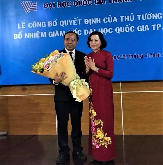 Trao quyết định bổ nhiệm ông Vũ Hải Quân làm Giám đốc Đại học Quốc gia TPHCM ảnh 3