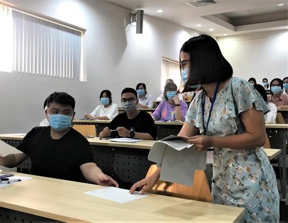 Thí sinh bắt đầu điều chỉnh nguyện vọng xét tuyển đại học đến 17 giờ ngày 5-9 ảnh 1