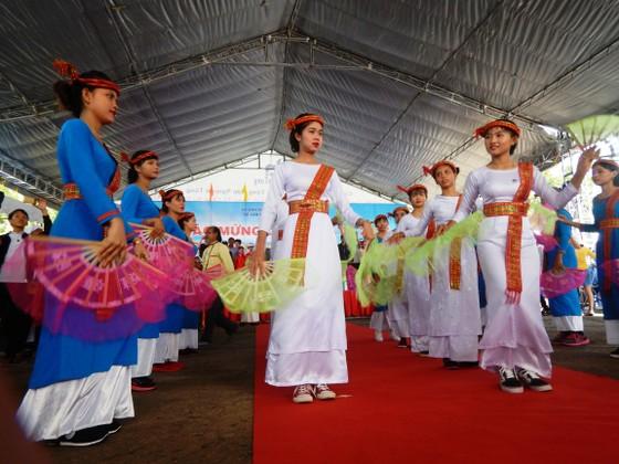 Tưng bừng Lễ hội Katê của đồng bào Chăm Bình Thuận ảnh 2