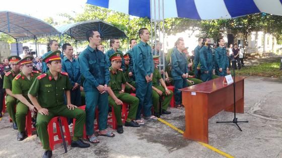 52 năm tù cho 15 bị cáo tham gia gây rối ở Bình Thuận ảnh 1