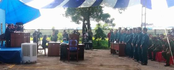 52 năm tù cho 15 bị cáo tham gia gây rối ở Bình Thuận ảnh 2