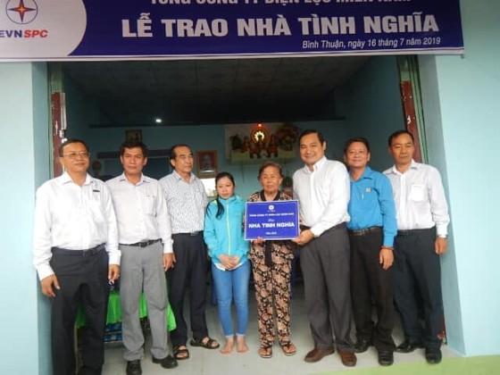 Điện lực miền Nam hỗ trợ xây dựng nhiều căn nhà cho gia đình chính sách ở Bình Thuận ảnh 3