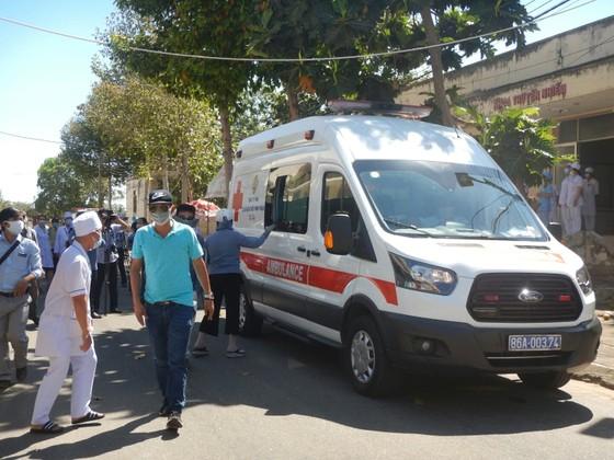 7 ca mắc Covid-19 ở Bình Thuận đã khỏi bệnh được xuất viện ảnh 5
