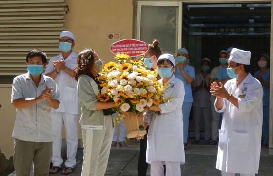 7 ca mắc Covid-19 ở Bình Thuận đã khỏi bệnh được xuất viện ảnh 1