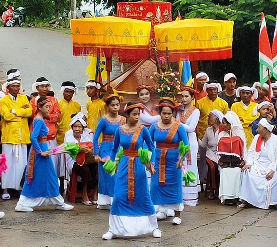 Rộn ràng Lễ hội Katê 2020 của đồng bào Chăm tỉnh Bình Thuận ảnh 1