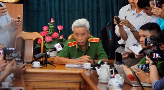 """Thiếu tướng Phan Anh Minh: Nhóm trộm rút dao tấn công các """"hiệp sĩ"""" diễn ra chỉ trong 13 giây ảnh 9"""
