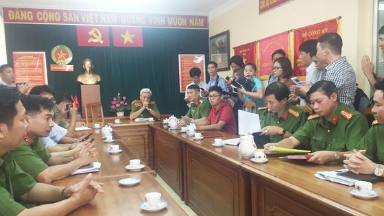 """Thiếu tướng Phan Anh Minh: Nhóm trộm rút dao tấn công các """"hiệp sĩ"""" diễn ra chỉ trong 13 giây ảnh 4"""