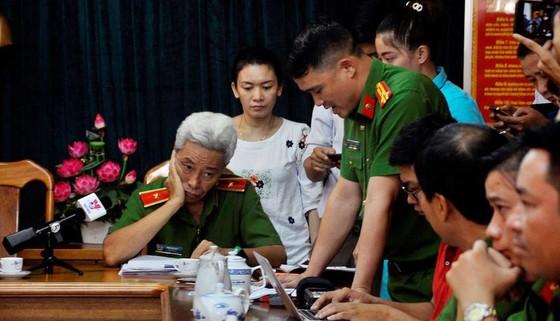 """Thiếu tướng Phan Anh Minh: Nhóm trộm rút dao tấn công các """"hiệp sĩ"""" diễn ra chỉ trong 13 giây ảnh 3"""