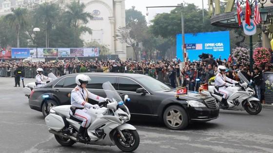 Đoàn xe ông Kim Jong-un tới Hà Nội ảnh 5