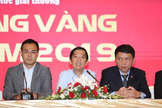 Họp báo công bố kế hoạch tổ chức giải thưởng Quả bóng Vàng Việt Nam 2019 ảnh 14