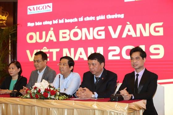Họp báo công bố kế hoạch tổ chức giải thưởng Quả bóng Vàng Việt Nam 2019 ảnh 15