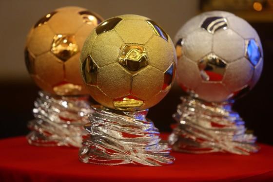 Họp báo công bố kế hoạch tổ chức Giải thưởng Quả bóng Vàng Việt Nam 2020 ảnh 1