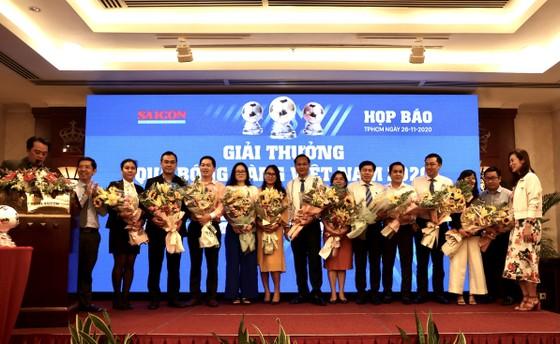 Họp báo công bố kế hoạch tổ chức Giải thưởng Quả bóng Vàng Việt Nam 2020 ảnh 17