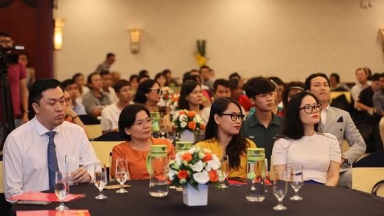 Họp báo công bố kế hoạch tổ chức Giải thưởng Quả bóng Vàng Việt Nam 2020 ảnh 4