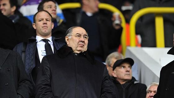 """Usmanov muốn tạo """"bom tấn"""" cho Arsenal."""
