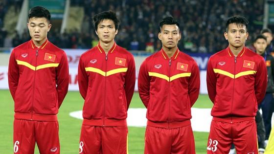 """Những cầu thủ có khả năng đóng vai """"chim mồi"""". Ảnh: Quang Minh"""