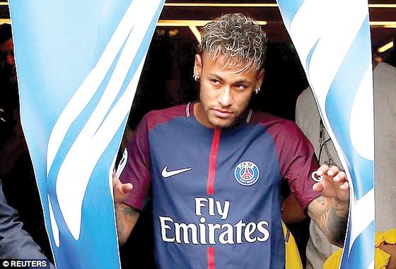 """Neymar đến PSG với bản hợp đồng 222 triệu EUR: Sự """"điên khùng"""" hợp lý ảnh 3"""