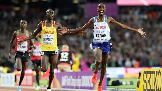 Niềm vui chiến thắng của Mo Farah.