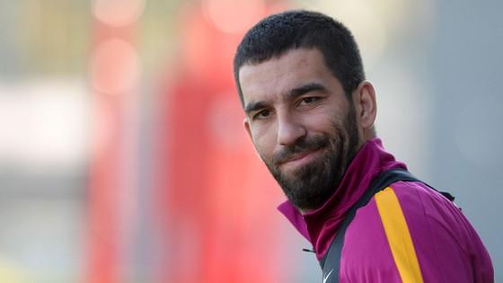 Arda Turan đang hy vọng được trở lại Atletico.