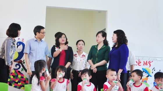 Phó Thủ tướng Vũ Đức Đam kiểm tra cơ sở giáo dục mầm non ở Đồng Nai ảnh 1