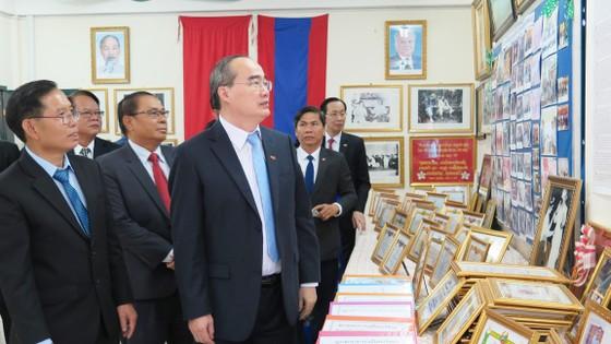 TPHCM hỗ trợ Thủ đô Viêng Chăn về giáo dục ảnh 3