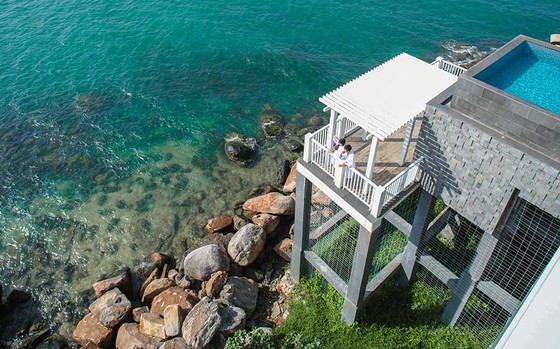 Ngó nghiêng resort 5 sao ở Phú Quốc được nhiều nghệ sĩ nổi tiếng chọn đến nghỉ dưỡng ảnh 1