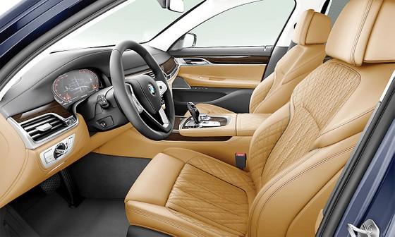 Thaco sẽ ra mắt BMW Series 7 bản nâng cấp vào cuối tháng 11-2019  ảnh 1
