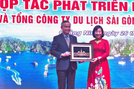 Saigontourist Group ký kết hợp tác thúc đẩy phát triển du lịch Quảng Ninh ảnh 2