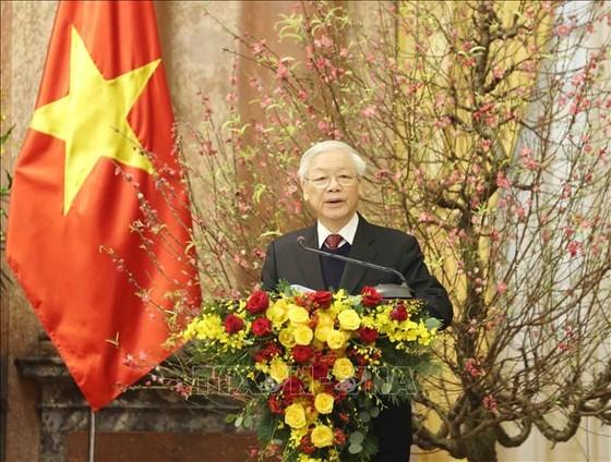 Tổng Bí thư, Chủ tịch nước chúc Tết lãnh đạo, nguyên lãnh đạo Đảng, Nhà nước ảnh 1