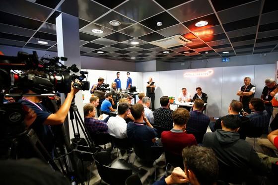 Hình ảnh một buổi họp báo tại Trung tâm Báo chí của chặng đua F1